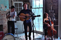 Carousel_lumineers_11_blue_mic